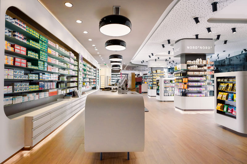 Beleuchtung Apotheke Nord by Peckal Agency, Flos Österreich